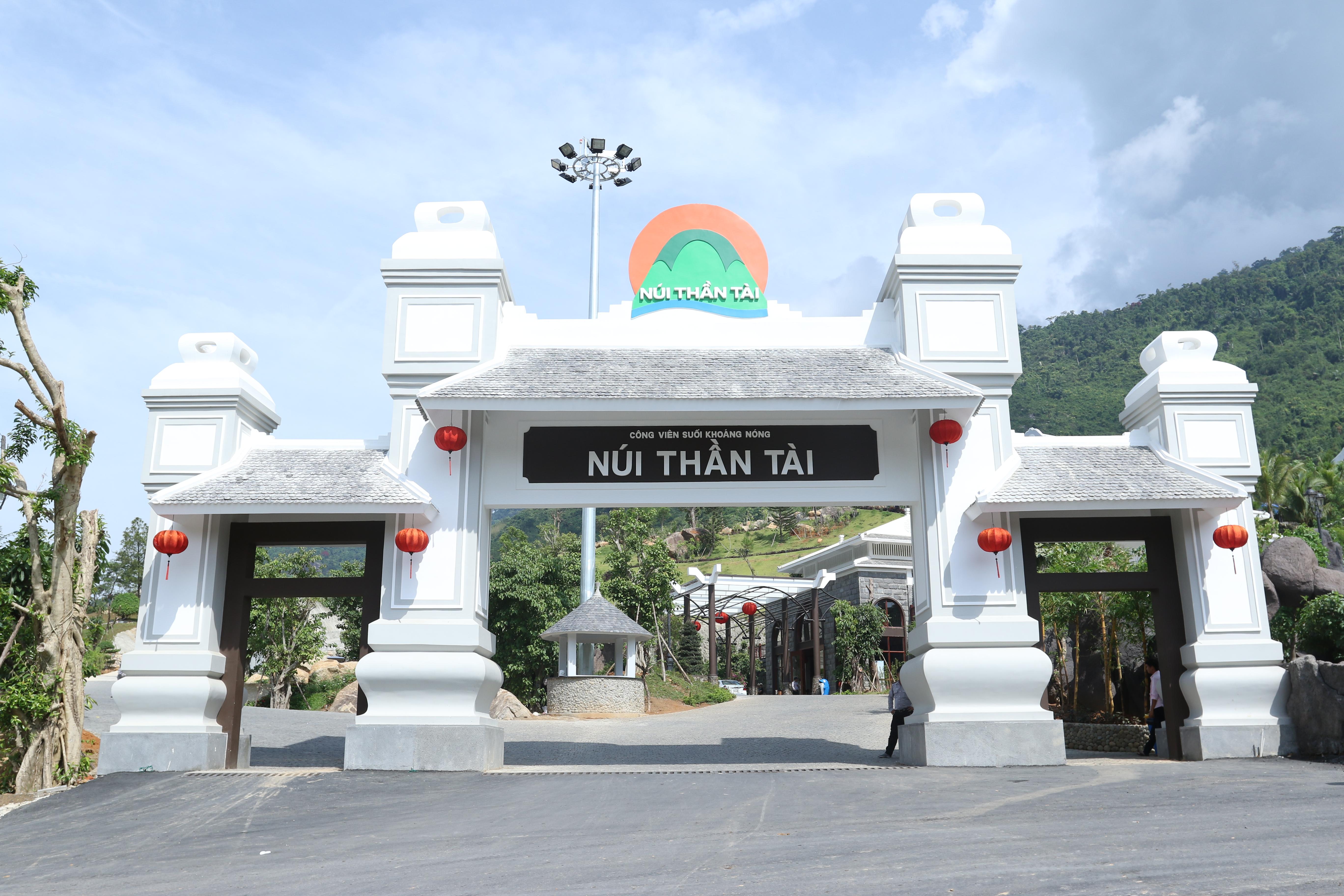 NTT - Núi khoáng nóng thần tài