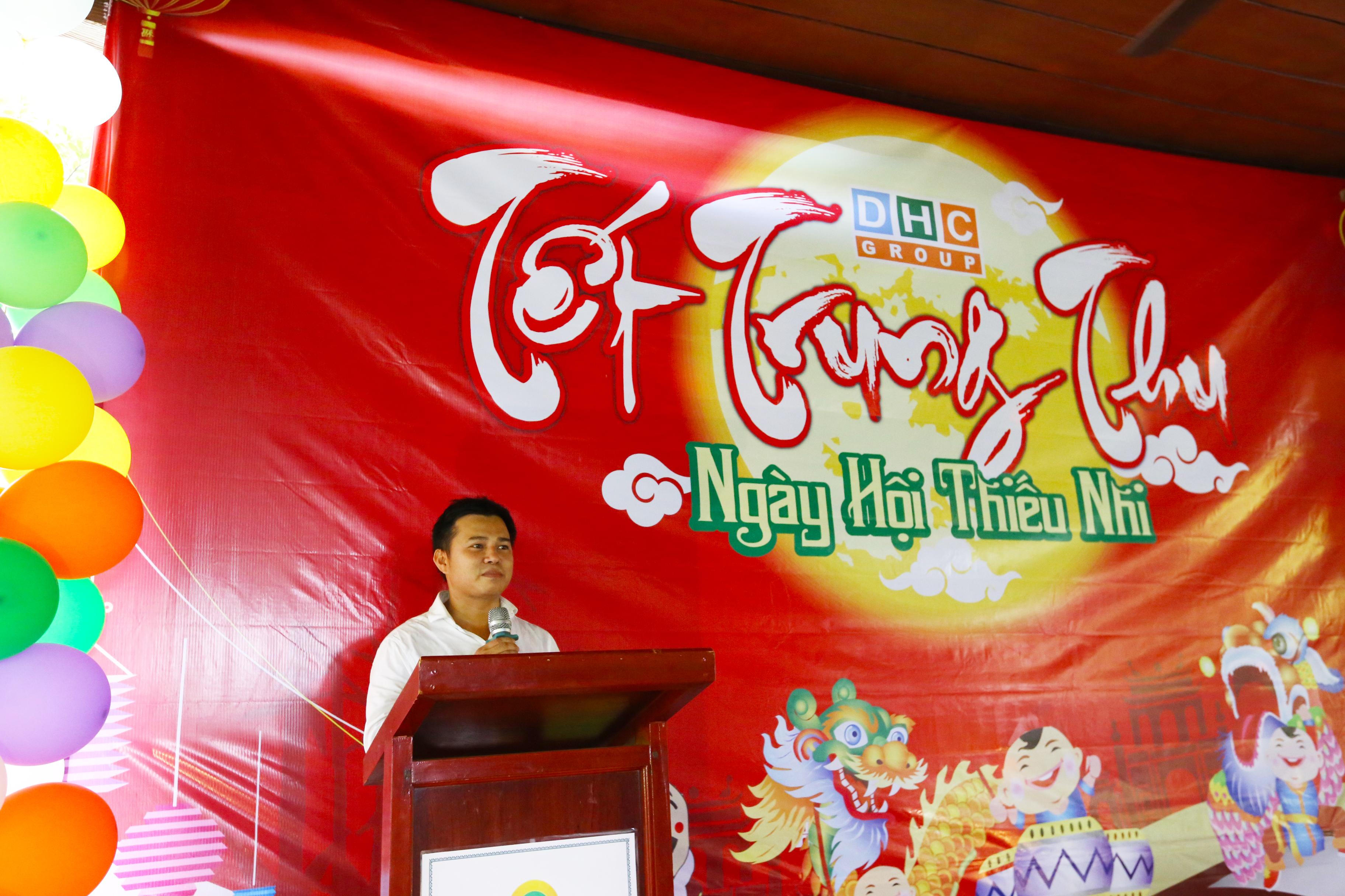 Ông Lê Phú Linh – Chủ tịch công đoàn phát biểu mở đầu chương trình
